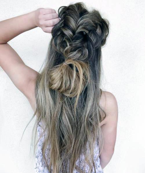 Прически с пучком на длинные волосы_12