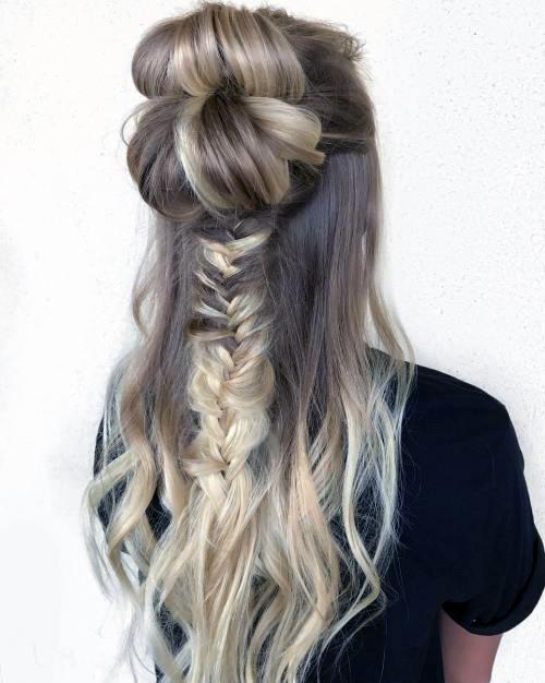 Прически с пучком на длинные волосы_16