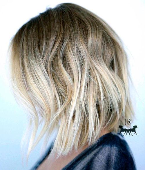 Каре блонд на средние волосы