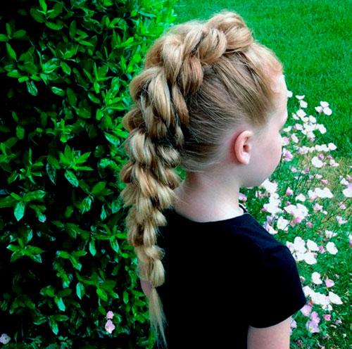 Уникальная панк-коса для маленькой девочки