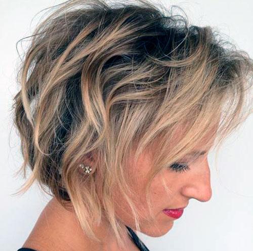 Взъерошенный боб для редких волос