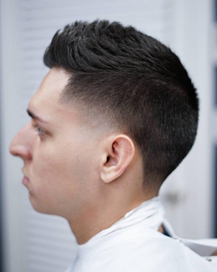 мужская стрижка зачес вверх для тонких волос