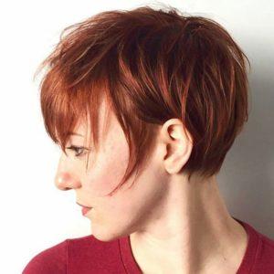 Драматическая короткая стрижка на прямых тонких волосах