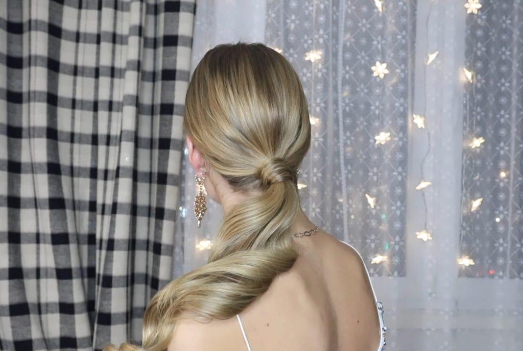 Низкий хвост на длинные и средние волосы