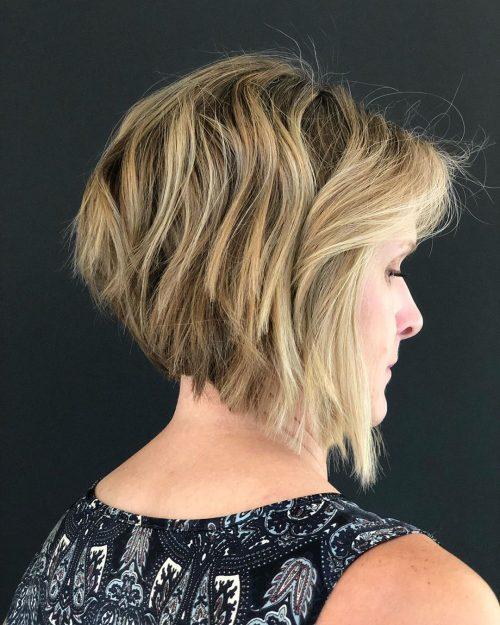 а-образный боб на волнистые волосы
